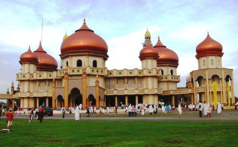 Menghidupkan Masjid
